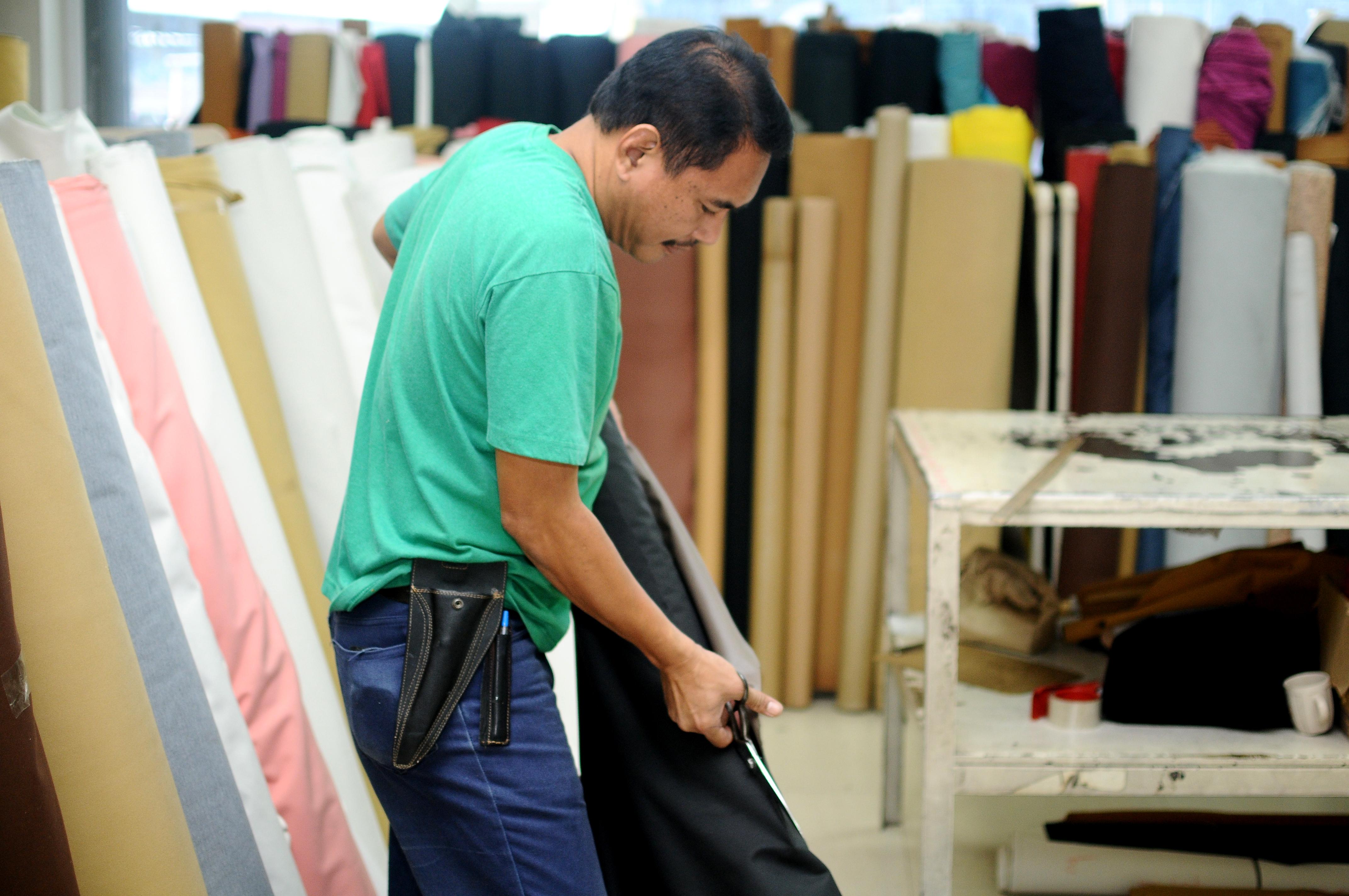 Cutting cloth